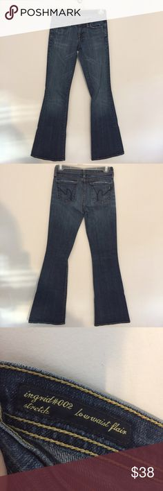 """Citizens of Humanity Sz 24 These COH jeans are in EUC and have no visible signs of wear, but have intentional distressing by the manufacturer on pockets and hems. Inseam 31.5"""" Offers welcome! Please don't forget to check out my shop for accessories! I offer a generous vendor discount!! 💕 Citizens of Humanity Jeans"""