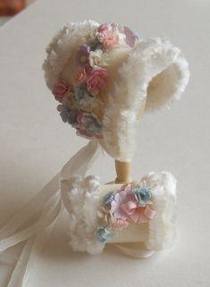 Handmade 1/12 dollhouse beautiful cashmere fur trimmed bonnet and muff