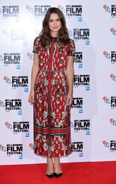 Keeping Up with Keira Knightley - Keira Knightley in Valentino-Wmag