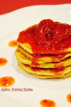 Τηγανίτες ( pancakes ) με φράουλες , χωρίς ζάχαρη!