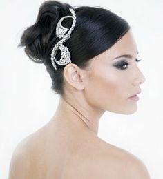 accessoires cheveux avec cristaux fantaisie  hair  cheveux  coiffure  Accessoires Cheveux, Cheveux Coiffure d0f66d089ac
