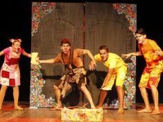 Com 22 peças e 30 coreografias de até 10 minutos, a 11ª edição do Festival Estudantil de Teatro e Dança do Recife acontece até o dia 31, nos teatros Apolo e Barreto Júnior. O festival reúne estudantes de nove cidades pernambucanas. Os ingressos custam R$ 6.