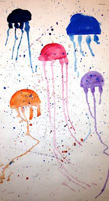For the Love of Art: 1st Grade: Jelly Fish Painting (fun little one day project when a class is ahead).....Cute jellyfish art project to go along with sealife science lesson or aquarium field trip