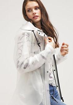 Das Retro-Original! Hunter Regenjacke / wasserabweisende Jacke - desert white für 199,95 € (05.07.16) versandkostenfrei bei Zalando bestellen.