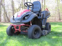 Best Lawn Tractor, Lawn Tractors, Riding Lawn Mowers, Cool Deck, Lawn And Garden, Outdoor Power Equipment, Yard, Good Things, Raven
