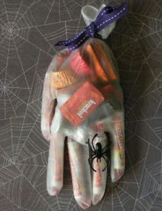 Handy Halloween treats for kids. See more kids Halloween party food at one-stop-party-ideas.com.