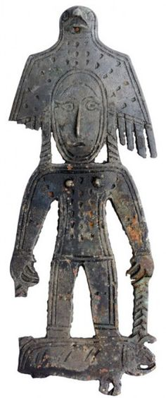 Raven, Crow and Magpie in Totem and Folklore - Bird Shaman Animist woman Permian animal style VI-XII century Gripping Beast, Shaman Woman, Cosmic Egg, Effigy, Animal Fashion, Sacred Art, Ancient Artifacts, Archaeology, Female Art