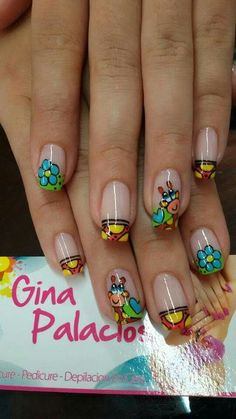Se encontró en Google desde pinterest.com Creative Nail Designs, Creative Nails, Nail Art Designs, Cute Nail Art, Cute Nails, Pretty Nails, Hair And Nails, My Nails, Green Nail Designs
