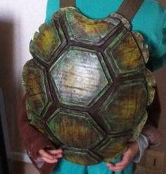 cadeaux personnalisés Diy Ninja Turtle Costume, Turtle Costumes, Ninja Turtle Shells, Ninja Turtles, Ninja Turtle Birthday, Ninja Turtle Party, Fete Halloween, Halloween Costumes, Halloween 2019