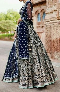 Zifaaf Bridal Couture Specializes in Custom Made Indian and Pakistani Bridal Dresses.👍 ✔Bridal Wear Anarkali Suits ✔Bridal Lehenga ✔Designer Sharara P. Indian Bridal Outfits, Indian Bridal Lehenga, Indian Bridal Fashion, Indian Bridal Wear, Pakistani Bridal Dresses, Pakistani Outfits, Indian Dresses, Anarkali Bridal, Eid Dresses