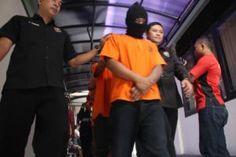 Polisi Kediri Kota Bekuk Penjudi Bola Tribratanews Polda Jatim