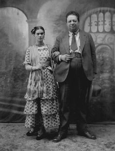 Frida Kahlo and Diego Rivera on their wedding day in 1929.
