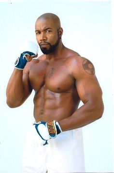 Michael Jai White: African American martial artist and actor whose played in multiple martial movies including opposing Jean-Claude Van Dam in Universal Soldier 2. But besides being one of the funniest characters in the Tyler Perry's series Why Did I Get Married, he's known for his star role as the popular comic book character of the 90's Spawn. He recently stars as the DC villain Bronze Tiger on the Arrow tv series and is the creator and actor of Black Dynamite. Michael Jai White Workout, Black Actors, Martial Artists, Raining Men, Fine Men, Man Crush, Gorgeous Men, Fitness Inspiration, Black Men