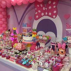 Boutique de Laço da Minnie. Impossível não se apaixonar!  #stacookieria #laçosdaminnie #boutique #cookies #cookiespersonalizados #handmade #artesanal #party #minnie #minniemouse #julia