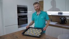 ANZAC (Australian/New Zealand) wartime biscuit recipe. [video] #baking #cooking #food #recipes #cake #desserts #win #cookies #recipe #cakes #cupcakes