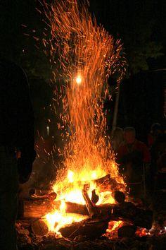 Bonfire! Well, fire, little fires, fire pits, ect. The light, tremendous heat…