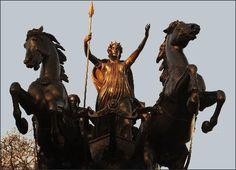 "Roman Britain News: ""Did the Romans defeat Boudicca at Dunstable? Iceni Tribe, Roman Britain, British History, British Isles, Roman Empire, Romans, Great Britain, The Locals, Celtic"