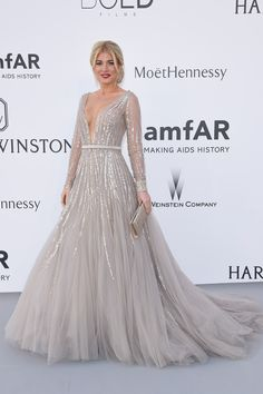 67 Jaw-Dropping Red Carpet Looks From the amfAR Gala  - ELLE.com
