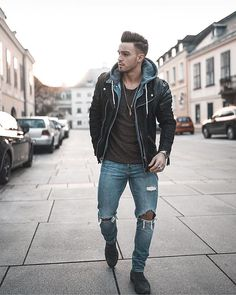 Style by @avramov.zoran  Via @streetfitsgallery  Yes or no?  Follow @mensfashion_guide for dope fashion posts!  #mensguides #mensfashion_guide