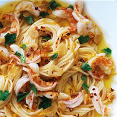Try this Garlic Prawn Pasta recipe by Chef Donna Hay. This recipe is from the show Donna Hay – Fast, Fresh, Simple.