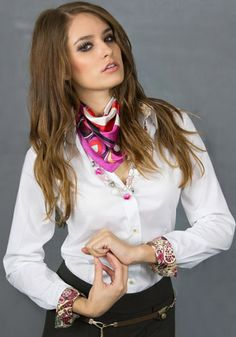 Viola Paisley Shirt, White Shirt with Contrasts Office Fashion, Business Fashion, Business Women, Fashion Deals, Women's Fashion, Tailored Shirts, Unique Fashion, Fashion Design, Workout Shirts
