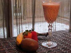 Easy Healthy Recipe: Fruit smoothie with Greek Yogurt