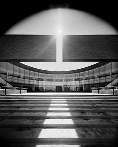 Columbus City Hall (Columbus, IN, 1981) by Edward Charles Bassett of Skidmore, Owings & Merrill, 1981.