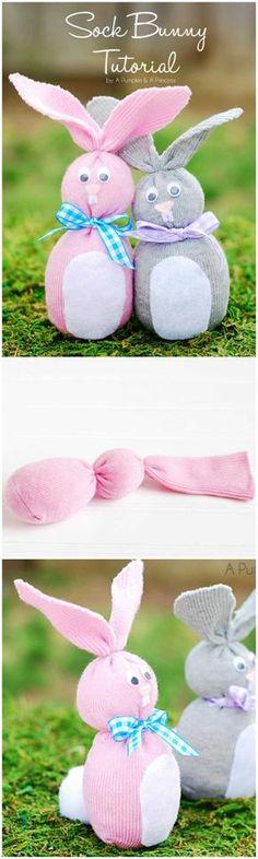 Bunte süße Hasen basteln aus Socken - Basteln mit Kindern
