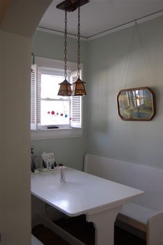 FLORAL PARK North Ross Street Fabulous Craftsman - Craftsman bungalow kitchen breakfast nooks