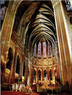 GOTHIC ARCHITECTURE - Chartres Cathedral - 1145-1120 - Glimmering light guides us into the full height of this church. Rebuilt nae represents the first masterpiece of mature/High Gothic style. The openings of the pointed nave arcade are taller and narrower. LOCATION: CHARTRES, FRANCE