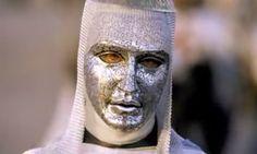 Balduíno IV foi o último rei cruzado que realmente governou Jerusalém. A cidade caiu sob o domínio muçulmano apenas dois anos depois de sua morte (conquistada por Saladino) .