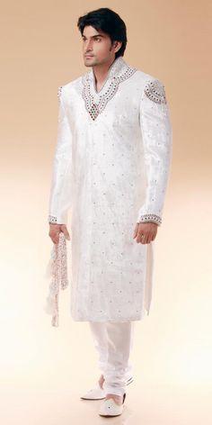Groom Sherwani www.weddingsonline.in