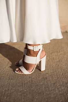 ab986f6636e 380 Best Shoes images in 2019