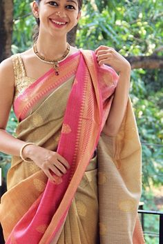 Soft silk sarees - buy the latest collection of soft silk sarees. check new and trendy wears for women. Mysore soft silk sarees and Kanjivaram soft silk sarees. Soft Silk Sarees, Cotton Saree, Cotton Suit, Georgette Sarees, Indian Beauty Saree, Indian Sarees, Kerala Saree, Traditional Sarees, Traditional Outfits