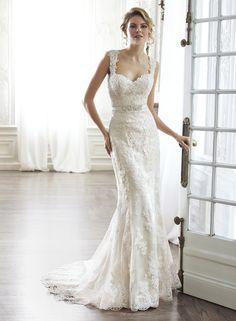 Fashionable Trumpet/Mermaid Sweetheart Floor-Length Bowknot Lace Wedding Dress
