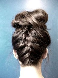 my version of the upside down braided bun; tip: works best on day-old, wavy hair ~Mel