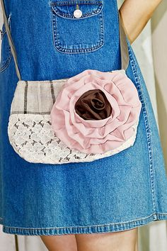 Your place to buy and sell all things handmade Purse Crossbody, Crossbody Shoulder Bag, Cross Body, Buy And Sell, Purses, Handmade, Bags, Stuff To Buy, Fashion