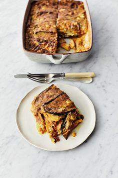 Veg Moussaka by Jamie Oliver Veg Recipes, Vegetarian Recipes, Cooking Recipes, Moussaka Recipe Vegetarian, Vegetarian Dinners, Veggie Moussaka, Vegetarian Cookbook, New Cookbooks, Halloumi