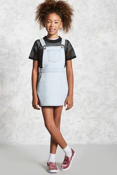 Forever 21 Girls - A denim overall dress featuring adjustable straps that cross at the back, a front bib pocket, slanted front pockets, and a exposed side zipper. Girls Fashion Clothes, Kids Outfits Girls, Cute Girl Outfits, Tween Fashion, Fashion Outfits, Forever 21 Girls, Shop Forever, Justice Clothing, Denim Overall Dress