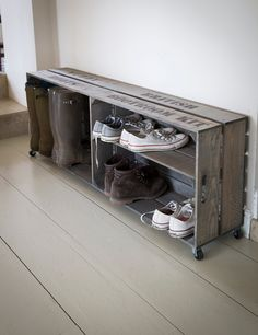 www.roseandgrey.co.uk muddy-boots-storage-crate