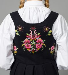 Everyone deserves a perfect world! Folk Costume, Costumes, Norwegian Clothing, Scandinavian Embroidery, Bridal Crown, Perfect World, Bohemian Gypsy, Embroidery Designs, Embroidery Stitches