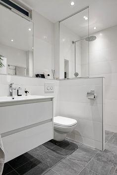 50 Beautiful Bathroom Decor and Design Ideas - We Should Do This