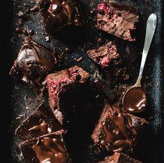 Schokokuchen mal anders: Brownies mit Beeren