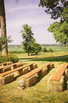 2019 Top 14 Must See Rustic Wedding Ideas for a Memorable Big Day---Country farm wedding ceremony with hay chairs, fall wedding vibe, outdoor wedding ideas Farm Wedding, Dream Wedding, Wedding Backyard, Wedding Rustic, Wedding Country, Wedding Blog, Spring Wedding, Wedding Church, Rustic Country Weddings