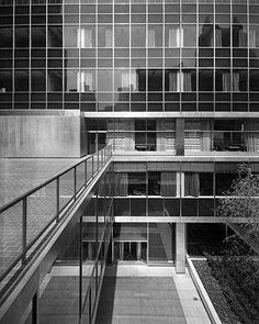 Gordon Bunshaft, Lever House. Neva York 1950 - 1952
