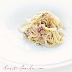 carbonara, my fav spaghetti I Love Food, Good Food, Great Recipes, Favorite Recipes, Cooking Light, Food Cravings, How To Cook Pasta, Pasta Dishes, I Foods