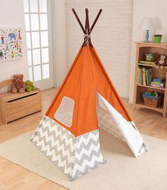 TEEPEE Diy Teepee, Teepee Play Tent, Teepee Kids, Indoor Playhouse, Build A Playhouse, Ideas Habitaciones, Deco Originale, Interior Exterior, Cubbies