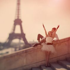 Paris.....Someday want to take this shot with my Änkit !!