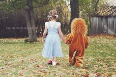 HOW CUTE. (5 quick tips for better halloween photos - simple as that)