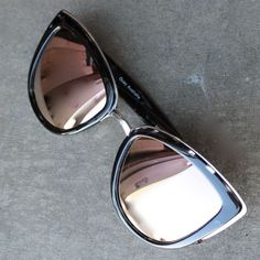 Quay My Girl Sunglasses (more colors)